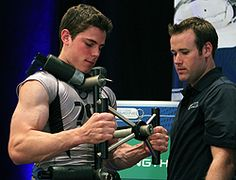 damn, look at those arms! Oh Tyler Seguin, why are you only 20.