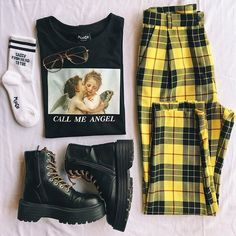 Outfit Jeans, 90s Outfit, Sporty Outfits, Cool Outfits, Summer Outfits, Grunge Outfits, Grunge Boots, Hijab Outfit, Simple Outfits