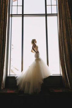 #EnzoaniRealBride Whitney, looking stunning in Enzoani gown Emporia. Find out more on her big day here!
