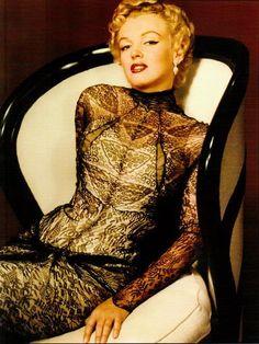 Marilyn Monroe | She looks so amazing. #youresopretty