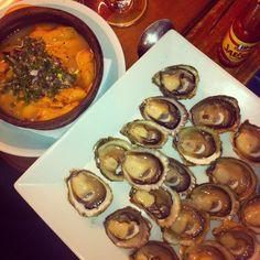 Mis amados!!!! Erizos con salsa verde / ostras