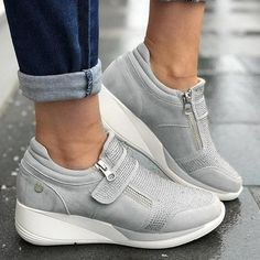 Women's Casual Sneakers New Flock High Heel Leisure Platform Breathable Shoes. Great Wedges With Comfort And Style. Moda Sneakers, Sneakers Mode, Wedge Sneakers, Casual Sneakers, Sneakers Fashion, Casual Shoes, Fashion Shoes, Shoes Style, Shoes Sneakers