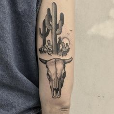 By Justin @justinoliviertattoo of @downtowntattoosnola #cactus #desert #cow…