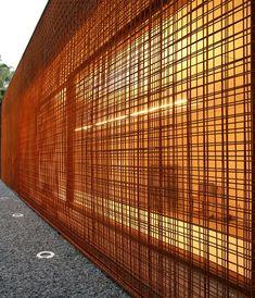Reinforcing steel mesh screen