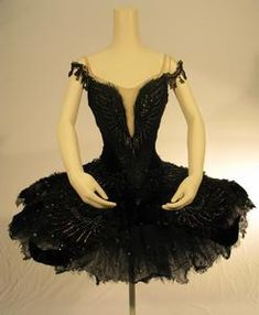 how to make a black swan tutu