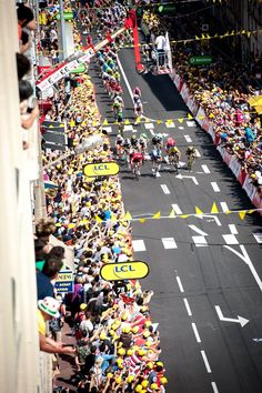 Marcel Kittel 100m to the line stage 4 TDF2016 credit @simongillphoto