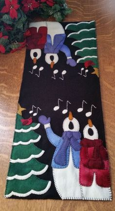 Make a Joyful Noise Wool Applique Table Runner Pattern Cath's Pennies Designs, Cathy Wagner, designer