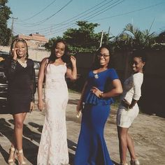 We love weddings and party guests.  @ayoadeonafowora #wedding #weddingguest #guestlook #gueststyle