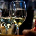 Wijnvignet – SWEN cursus nu vier in een mogelijk: de cursus voor het wijnvignet, een wijnproeverij en de masterclass Food&Wine in vier avonden! € 160,= Voor een mooie sprong in de wijn!