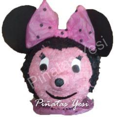 Piñata artesanal hecha a mano al estilo tradicional mexicano de Minie Mouse