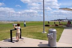 Probably the most comfortable plane photography location in the world. @dfwairport