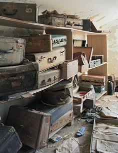 Unclaimed luggage. Western Mental Health Institute State Hospital.  Bolivar, TN.