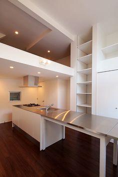 ダイニングキッチンを中心とした7坪の狭小住宅