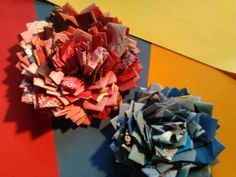 DIY Candy Wrapper Roses/Flowers - #Upcycle This! 13 Ways to Reuse Candy Wrappers #crafts #diy