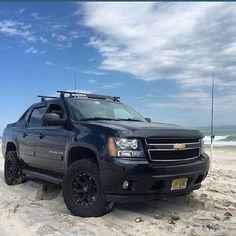 @jhands626 #avalanche #AValanchecrew #chevy #teamchevy #mudding #offroad #beach #sand #dunes #4x4