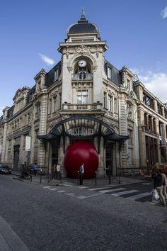 Red Ball Project : Rue du Pré Botté, Rennes, Bretagne, France - Emmanuel Brossier - #redballproject