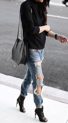 casual style addiction top + bag + rips + heels