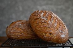 Cmarový chlieb z kvásku - Chuť od Naty: Foodblog o chutnom jedle a ... Bread, Food, Basket, Brot, Essen, Baking, Meals, Breads, Buns