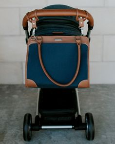 LOVE this diaper bag! Manifest Weekender Lifestyle | little unicorn