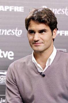 Roger Federer (b. 8 August 1981) *** http://en.wikipedia.org/wiki/Roger_Federer