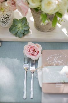 Spring wedding place setting | Rensche Mari Photography | see more on http://burnettsboards.com/2014/02/sublime-springtime-wedding/