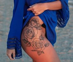 sexy thigh tattoo with roses