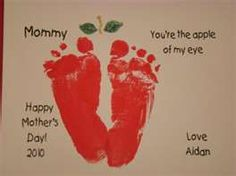 "Footprint Apple for Mother's Day - ""Mommy you're the apple of my eye! Daycare Crafts, Classroom Crafts, Baby Crafts, Crafts To Do, Crafts For Kids, Classroom Organization, Toddler Art, Toddler Crafts, Infant Crafts"