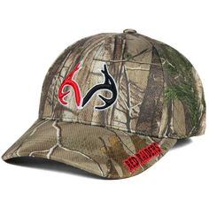 Top of the World Texas Tech Red Raiders Realtree Camo Cap ($15) ❤ liked on Polyvore featuring accessories, hats, camo, cap hats, camo cap, camouflage cap, camoflage hat and top of the world caps