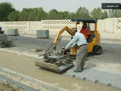 Probst's mechanical pavers' laying technology at wotks in Qatar. Egypt, Vacuums, Home Appliances, Technology, House Appliances, Tech, Domestic Appliances, Tecnologia, Vacuum Cleaners