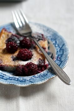 Glutenvrije clafoutis met bramen en vanille Gluten Free Recipes, Healthy Recipes, Healthy Food, Purple Food, Low Carb Desserts, How Sweet Eats, Dairy Free, Paleo, Vegan
