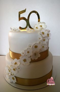 Golden Wedding Anniversary Cake with fondant flowers