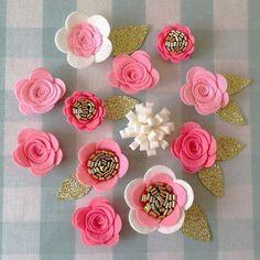 Hecho a mano 12 flores/rosas fieltro y brillo de hojas. Fieltro corona flor diadema flor, guirnalda de flores, diademas de bebé, decoración cuarto de niños