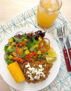 Salada à mexicana com frango apimentado - COZINHANDO PARA 2 OU 1