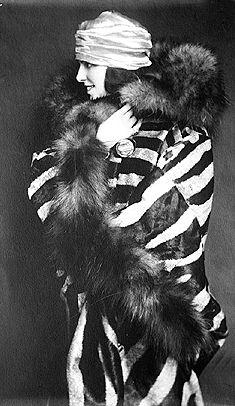 1920s cape