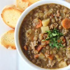 {recipe} Rustic Tuscan Lentil Soup at HowToFeedaLoon