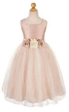 Lindo.vestido para el paje