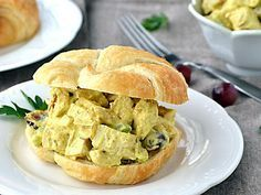 A simple and recipe for Curry Chicken Salad. Serve alone for a delicious lunch or light dinner. Great served on a buttery croissant. Chicken Curry Salad, Chicken Salad Recipes, Recipe Chicken, Chicken Pita, Chicken Salads, Cooked Chicken, Roasted Chicken, Tasty Kitchen, Wrap Sandwiches