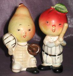VTG Napco *ANTHROPOMORPHIC BASEBALL SALT & PEPPER SHAKERS* Pear & Apple Figurine