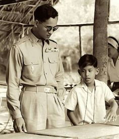 King Bhumibol and Maha Vajiralongkorn, Crown Prince of Thailand King Rama 10, King Phumipol, King Of Kings, King Queen, Crown Prince Of Thailand, Buddhist Wedding, Thailand History, King Thailand, Queen Sirikit