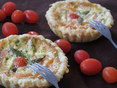 Des petites tartelettes parfaites pour une entrée ! - Recette Entrée : Tartelettes au saumon fumé et asperges vertes par Mirette-aux-fourneaux