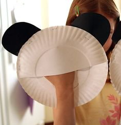 Paper plate puppet idea (Look at how she did the back-genious!)