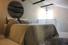 bedroom, cabledrum, beams,diy