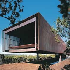 Sean Godsell Architects, St. Andrews Beach House, Victoria, Australia, 2009