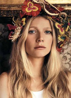 Gwyneth Paltrow-Favorite Gwyneth Paltrow movie: Shakespeare in Love. Runner up (tie): Bounce and Sliding Doors.