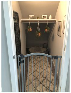 Under Stairs Dog House, Closet Under Stairs, Under Stairs Cupboard, Under The Stairs, Bed Stairs, Dog Bedroom, Room Ideas Bedroom, Closet Bedroom, Dog Room Decor