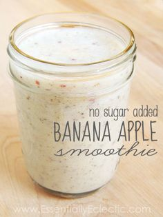 No Sugar Added Banana Apple Smoothie by Essentially Eclectic c. Milk 2 ripe bananas 1 apple cup slivered almonds 1 Tbsp Chia seeds (optional) 2 Tbsp ground flax seeds (optional–but must be ground) Ice Breakfast Smoothies, Healthy Smoothies, Healthy Drinks, Healthy Eating, Healthy Recipes, Apple Smoothies, Healthy Foods, Juice Smoothie, Smoothie Drinks