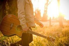 guitar i wanna learn to play along with panio & uke