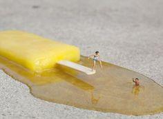 As intervenções urbanas em miniatura de Slinkachu