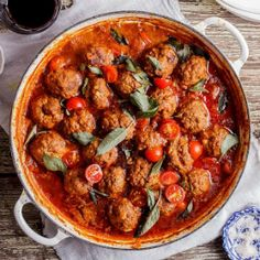 Meatball curry is perfect for chilly nights Mince Recipes, Beef Recipes, Cooking Recipes, Healthy Recipes, Curry Recipes, Easy Recipes, Recipies, Mince Dinner Ideas, My Favorite Food