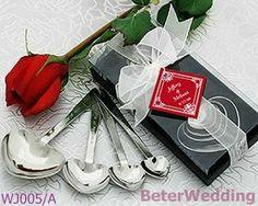 Au delà des faveurs de mariage l'amour cuillères mesure wj005/un vaisselle.& vaisselle ensembles     Ideal Small Gifts For Your Unique Occasion 上海倍乐礼品Shanghai Beter Gifts CO Ltd ; http://www.aliexpress.com/store/product/Free-Shipping-24pcs-12pair-Bride-and-Groom-novelty-Bubble-Favors-ZH015-Wedding-Gift-Souvenir-favor-Valentine/512567_1074759472.html  #décoration #Gifts #bébé #crafts #favours #baby